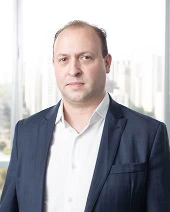 Tiago Machtura   Consultor de Soluções em Segurança Cibernética